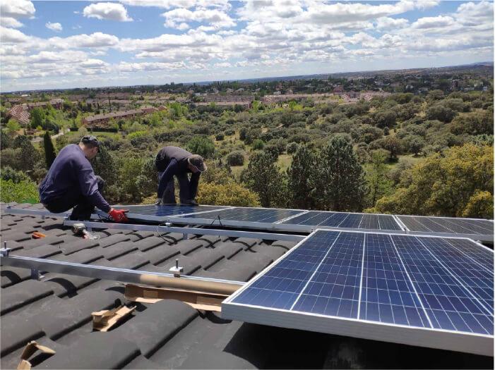 instaladores ingenieros de Comunidad Solar